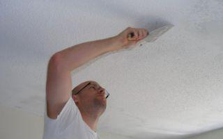 Практическая инструкция процесса смывания побелки с потолка