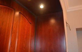 Рассмотрение способов отделки откосов входной двери