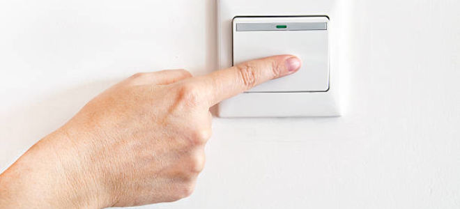 Подключение проходного выключателя: насколько это сложно