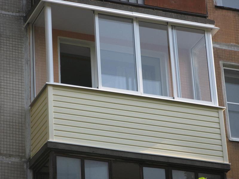 Наружняя отделка балкона сайдингом