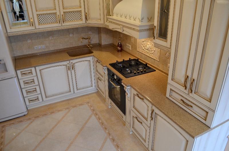 Столешница и фартук для классической кухни