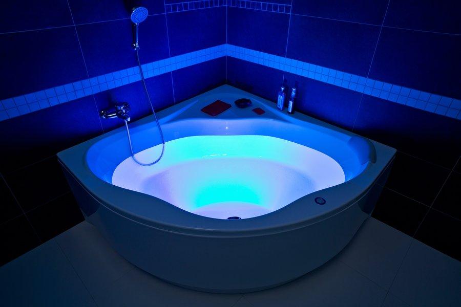 декоративное освещение в ванной