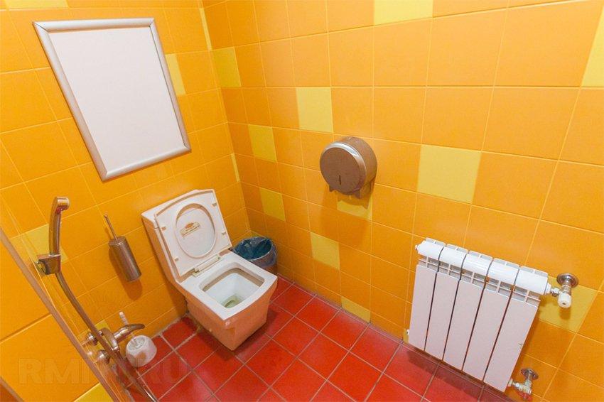 расположение сантехники в туалете