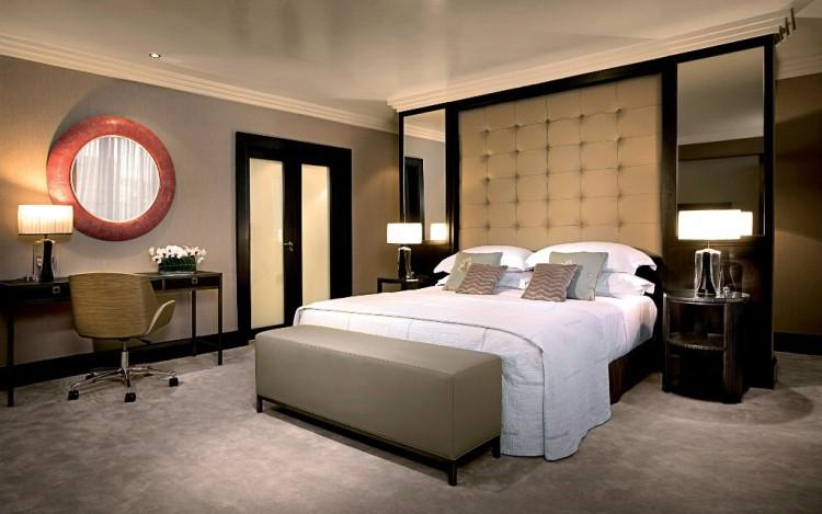 Настольные светильники в спальне
