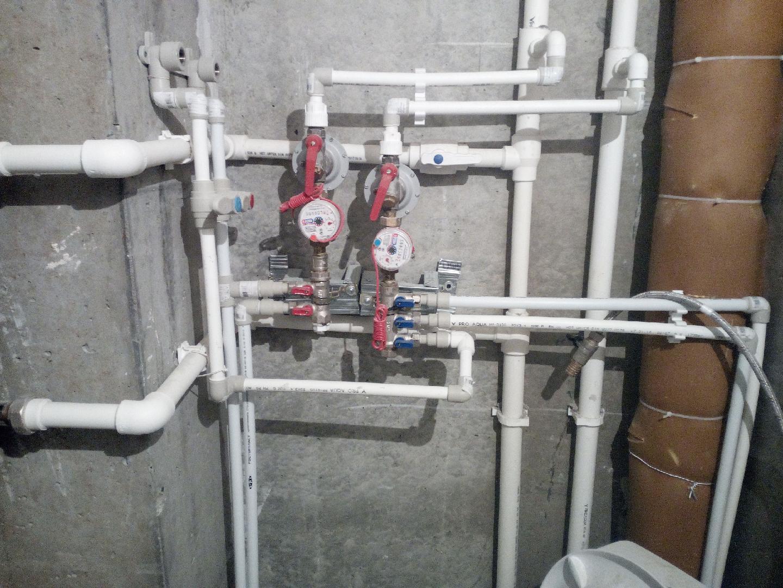 Разводка труб в туалете