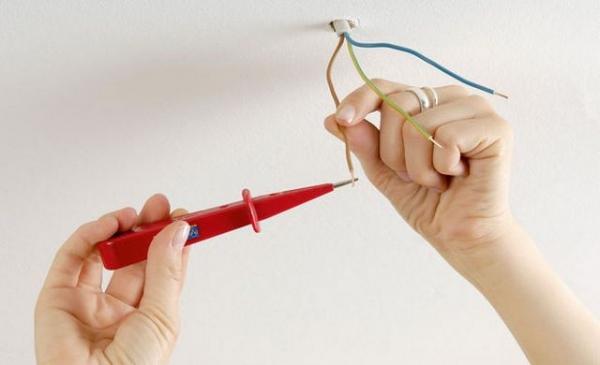 Проверка проводов для люстры