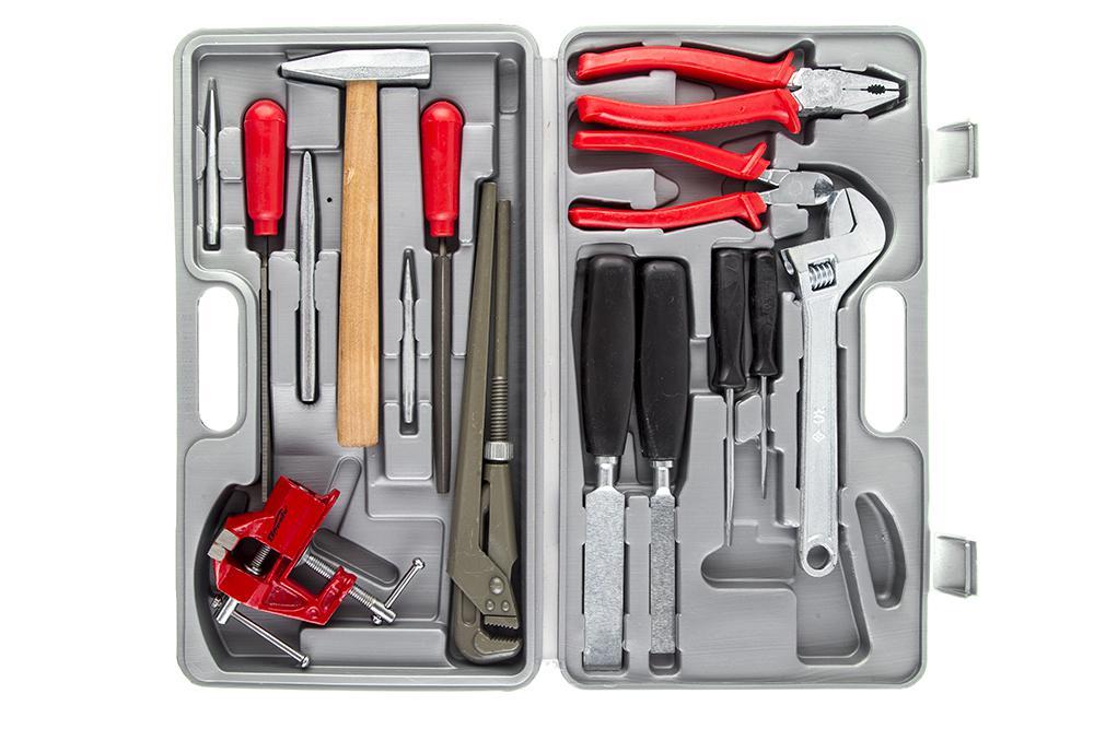 Инструменты для установки водонагревателя