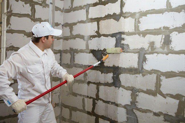 Подготовка стен перед штукатуркой