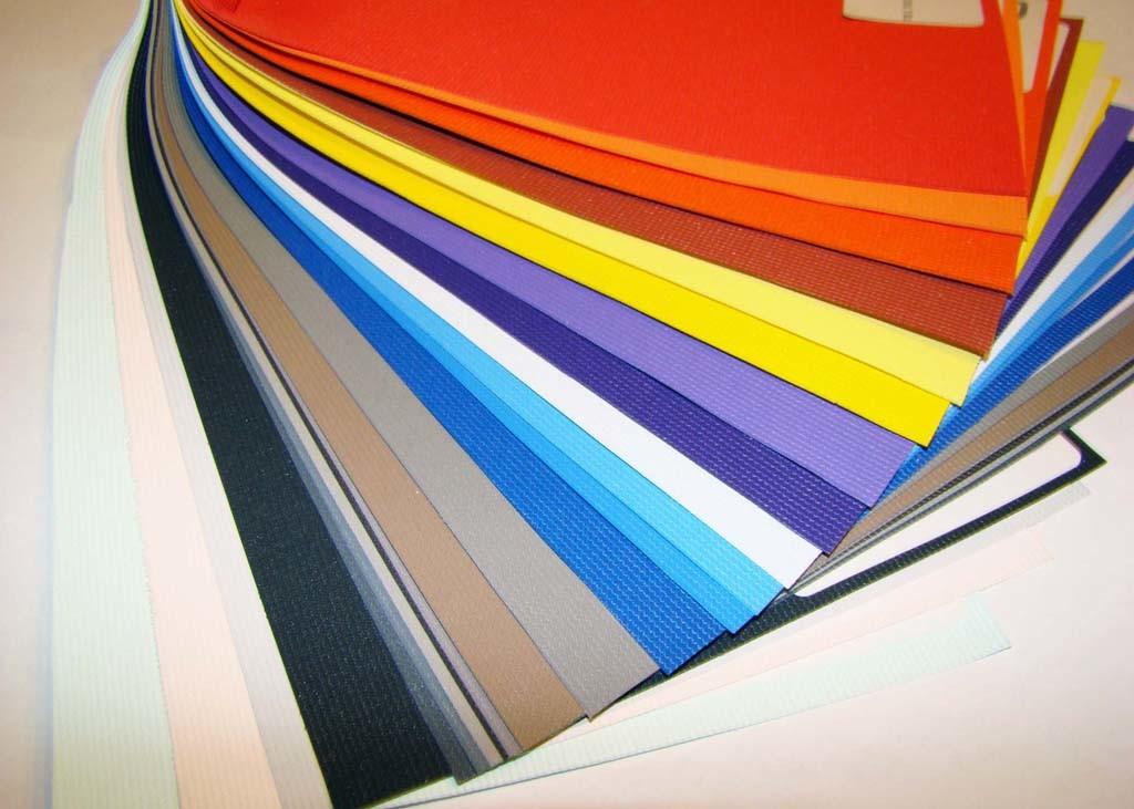 Разнообразие расцветок ПВХ потолка