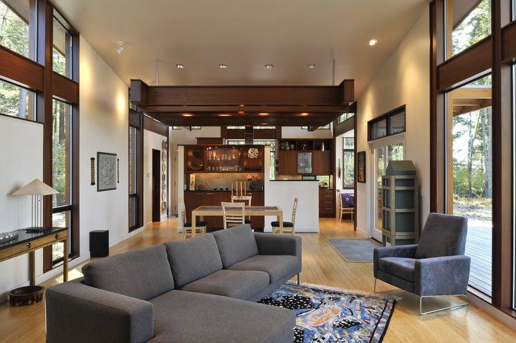 Ассиметричная расстановка мебели в гостиной