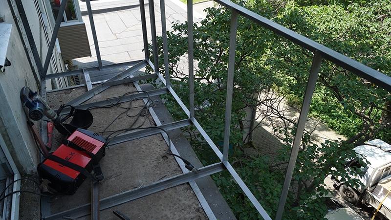 Восстановление рамы на балконе
