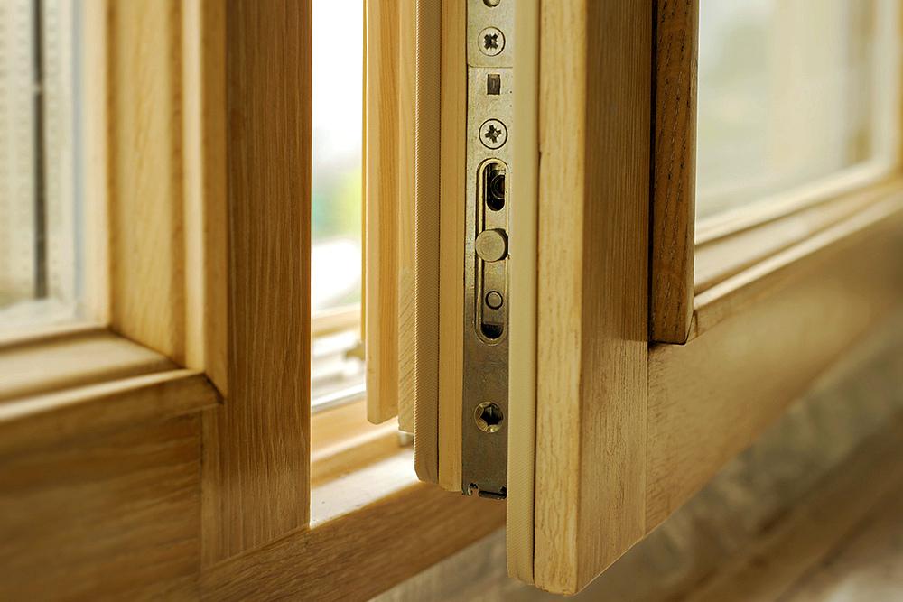 Достоинства деревянных рам