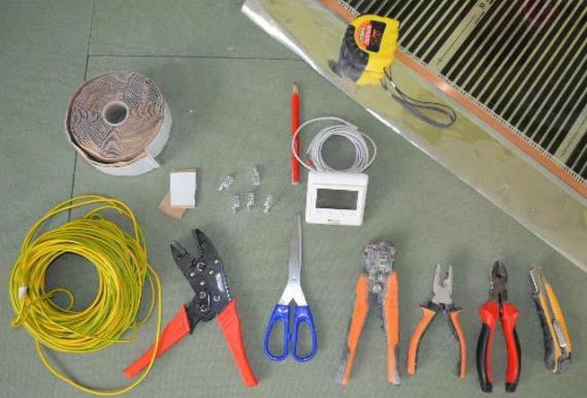 Инструменты для укладки инфракрасного пола