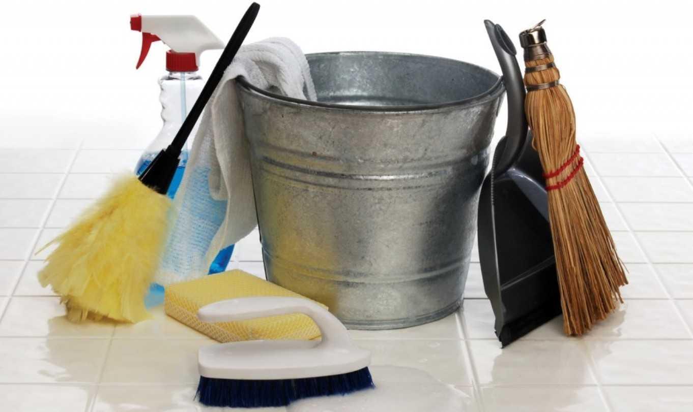 Чем отмыть пол после ремонта